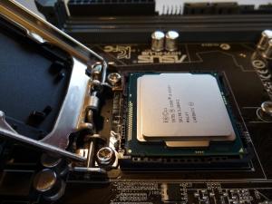 Intel i3-4360T